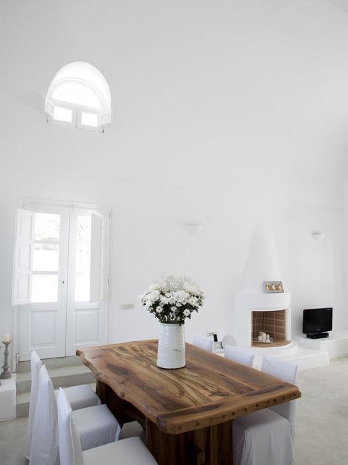 Aenaon-Villas-Boutique-Hotel-in-Santorini,-Greece-at-IDEASGN-11