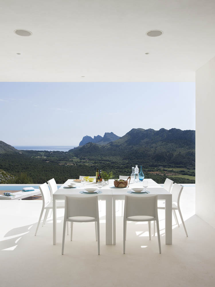 Casa 115 Spain by Miquel Angel Lacomba at IDEASGN 16