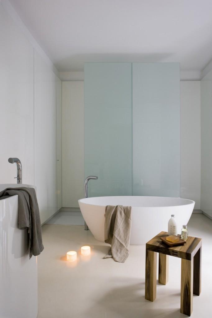 Contemporary Apartment in the Gothic Quarter YLAB Arquitectos ideasgn Batroom