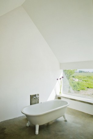 Bathtub with a view window