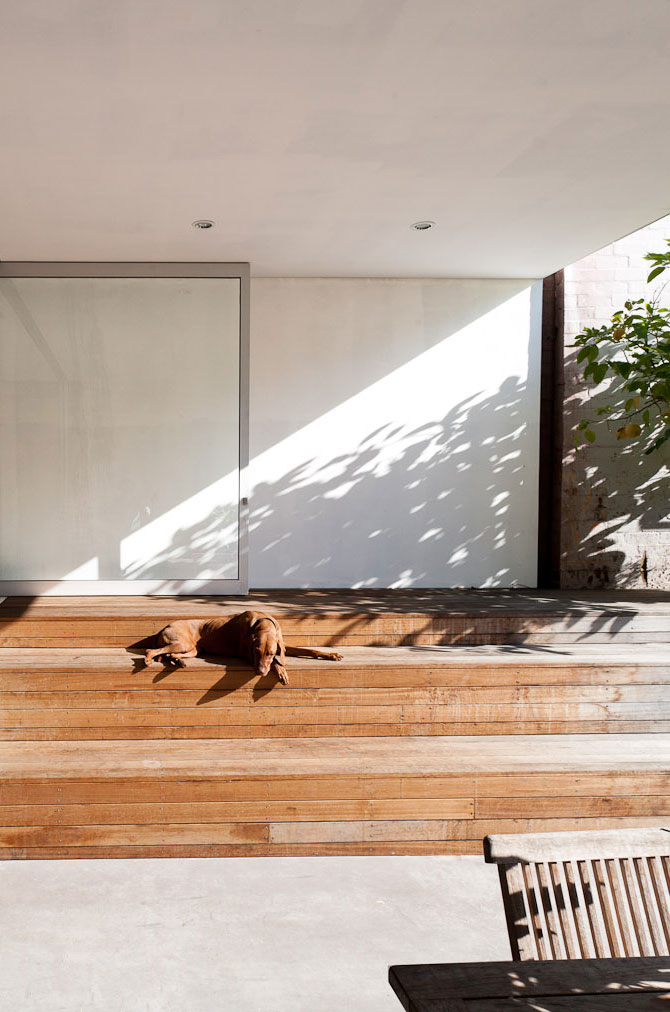 Ware-house-by-MCK-Architects-at-IDEASGN