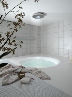 Minipool Outdoor Bathtub