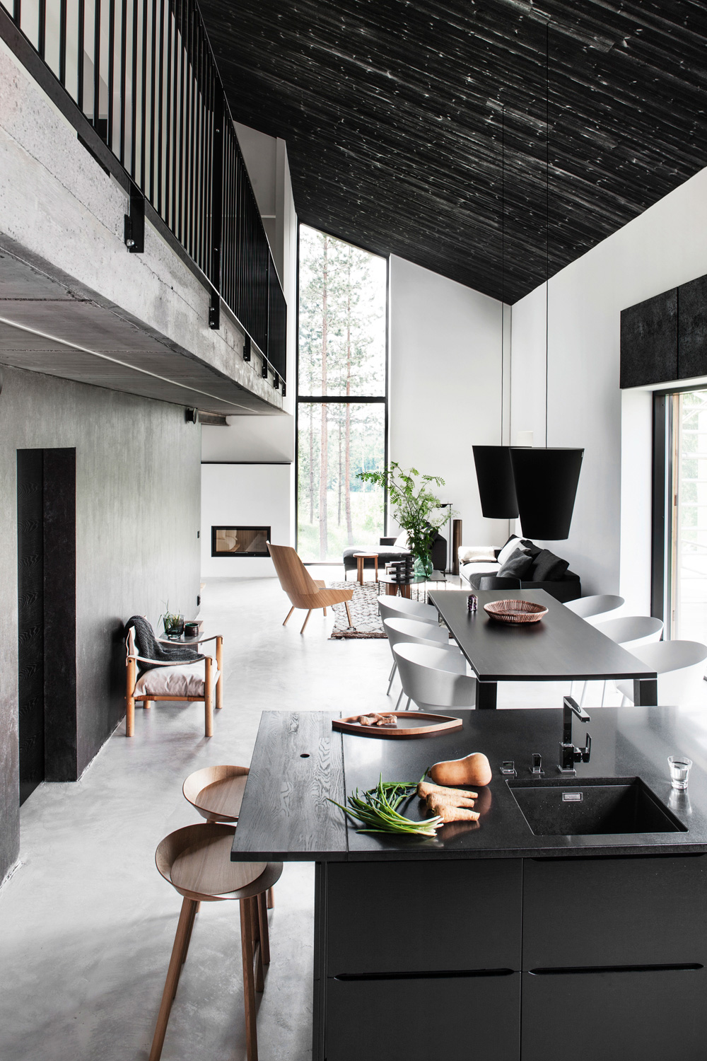 Black And White Scandinavia House Kitchen