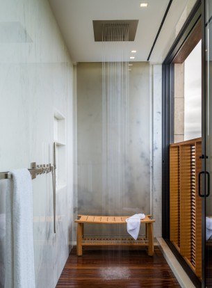 Waterfalls Bathroom
