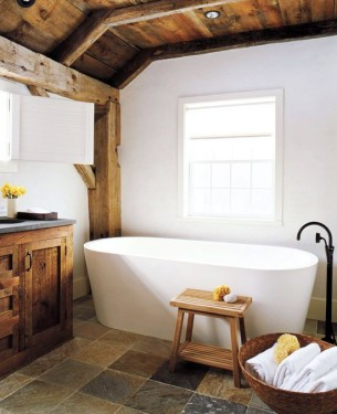 Modern Barn House Bathroom