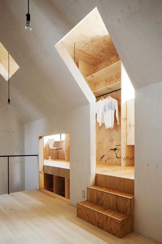 Ant-houseby mA-style