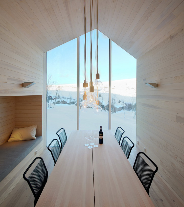 Holiday Home by RRA-Reiulf Ramstad Architects 11