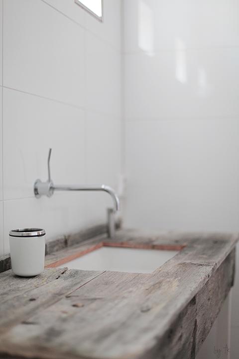 Rustic Bathroom Washstand