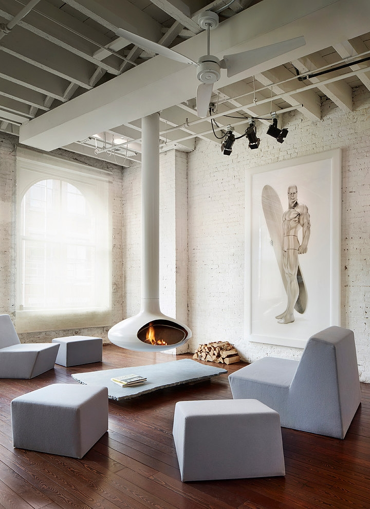 penthouse-apartment-two-hanging-fireplaces-1-living