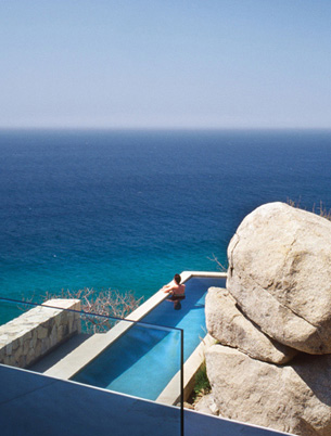 Mexcio Cliff Swimming Pool