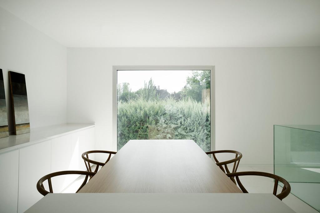 Casa H in Madrid by Bojaus 16