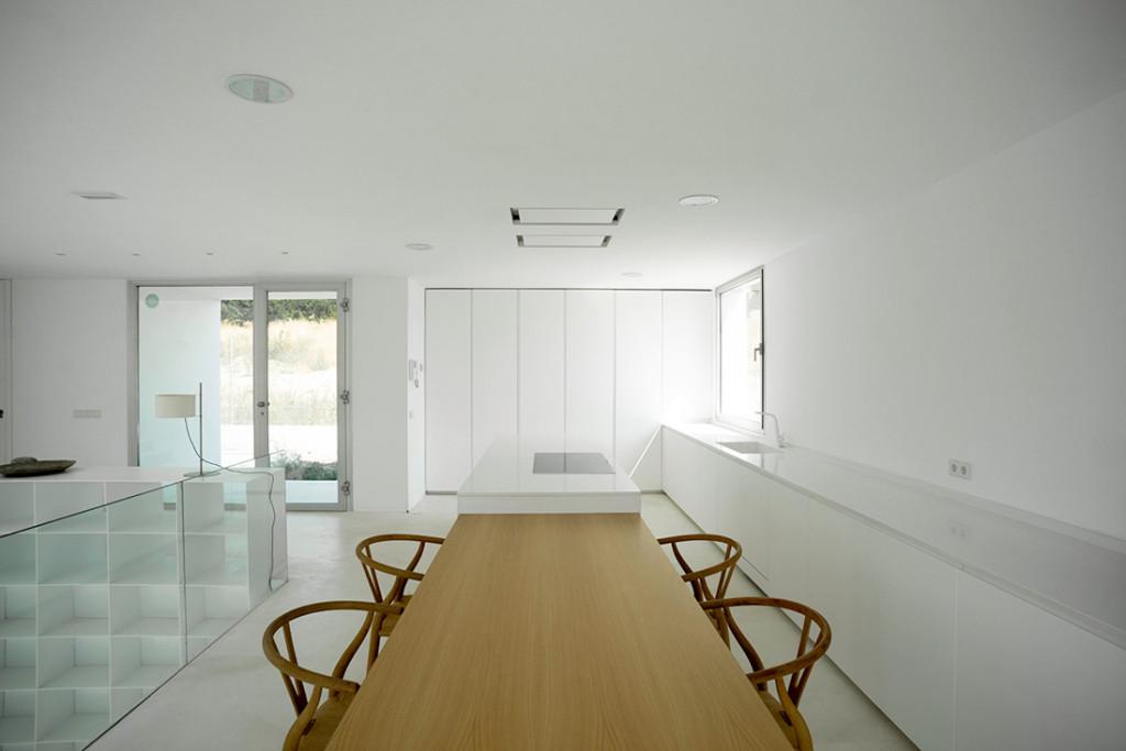 Casa H in Madrid by Bojaus 17