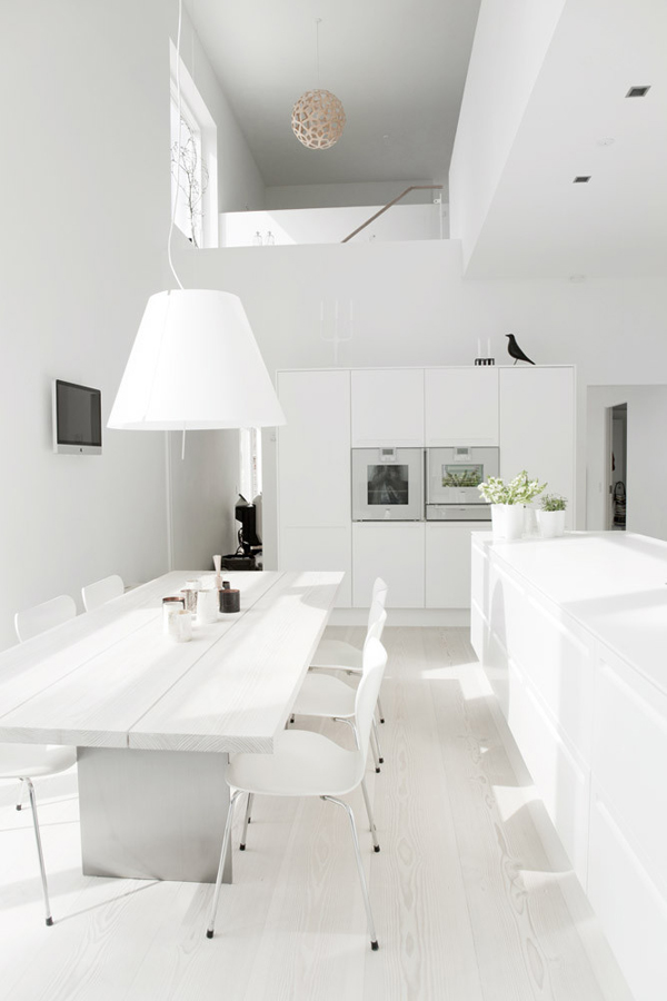 White in White Dining and Kitchen by Mikkel Westfall 02
