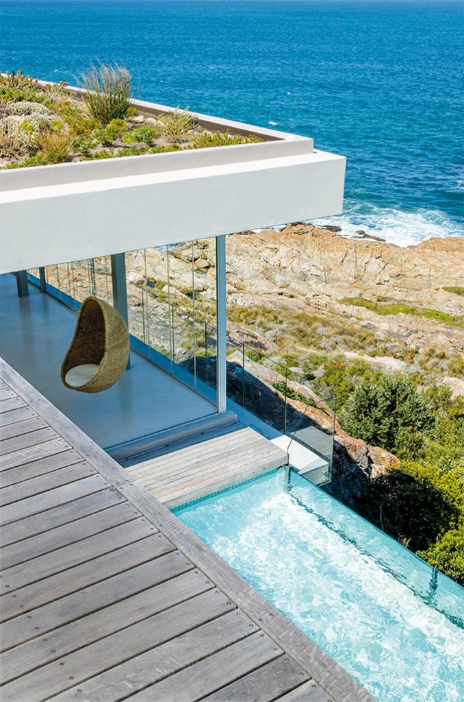 Betty Bay Retreat by Sarah Calburn Architects 01