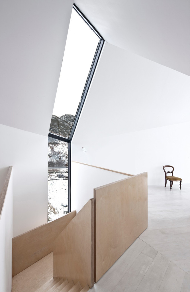 House at Camusdarach Sands by Raw Architecture Workshop 11