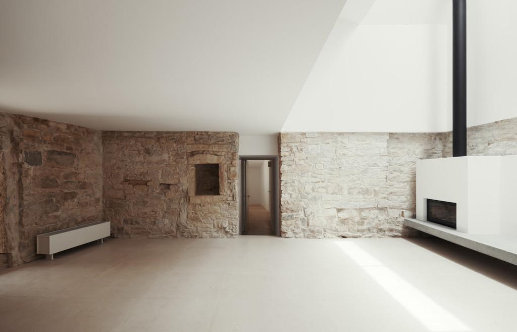 House in Serra de Janeanes by Joao Branco 06