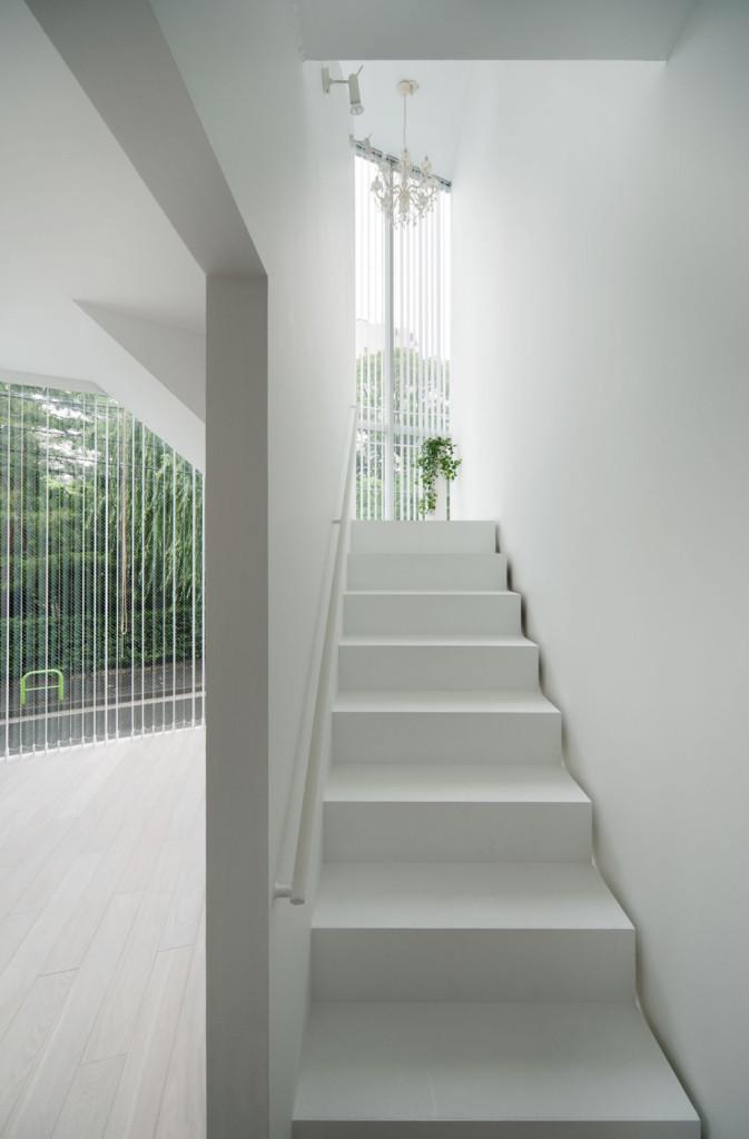 Life in Spiral House by Hideaki Takayanagi 09