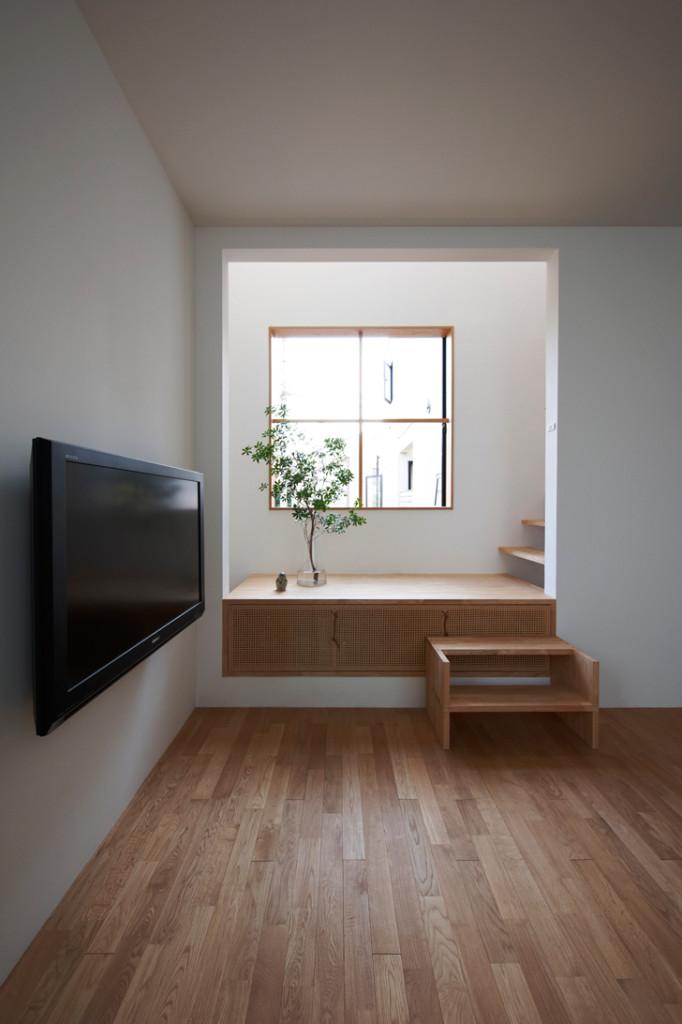 House in Futakoshinchi by Tato Architects 4
