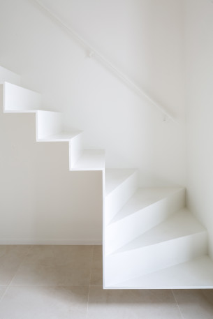 Origami-like White Staircase