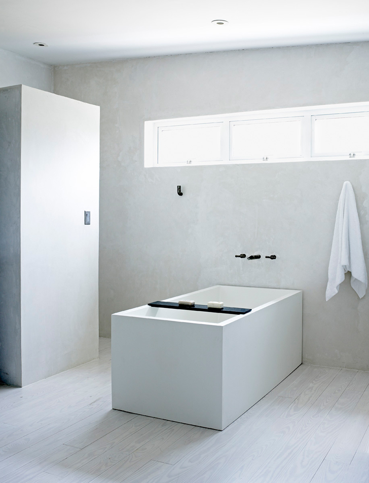 Marfa House Conversion  Japanese inspired bathroom