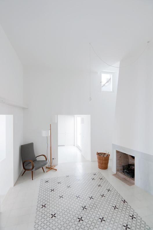 Casa Voltes by Sergison Bates+Liebman Villavecchia 6