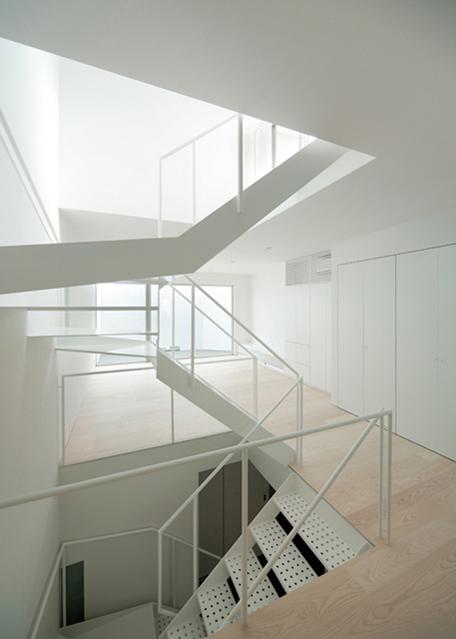 Hi House by Yosuke Ichii Architect 6