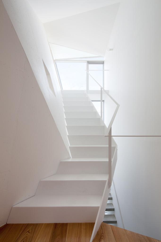 House Folded by Alphaville Architects 8