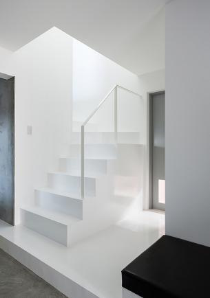 White Minimalist Staircase
