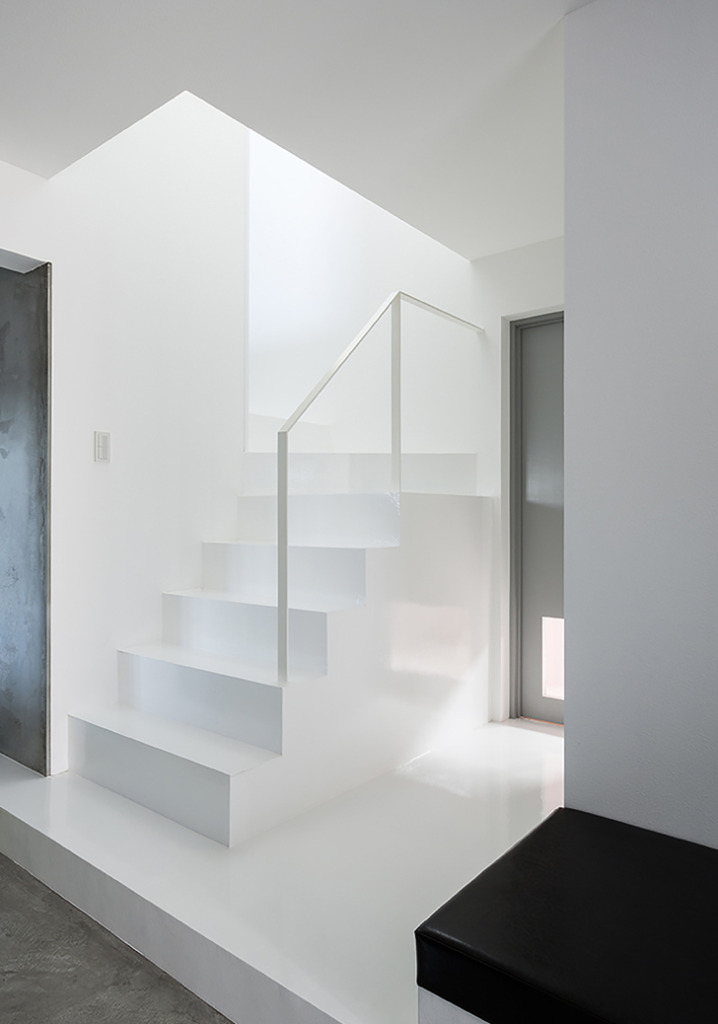 Scape House by FORM Kouichi Kimura Architects 8