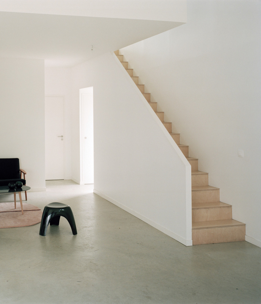 House in Sarzeau by RAUM Architects 6