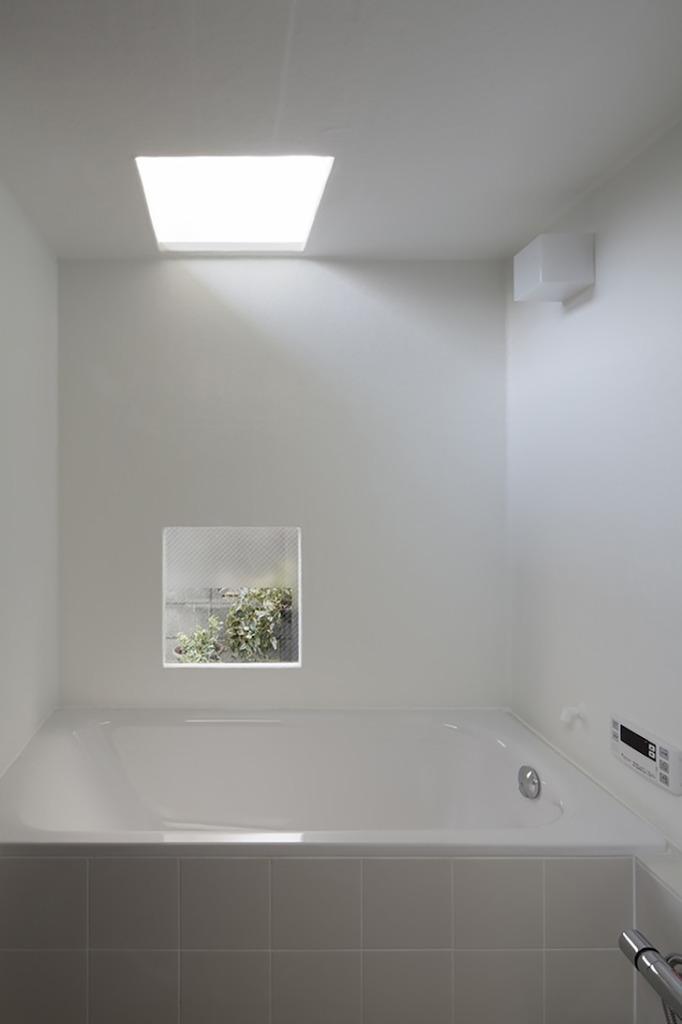 Tunnel House by Makiko Tsukada Architects 8