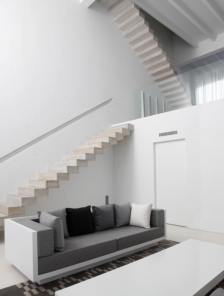House in Ontinyent by Borja Garcia Studio 3