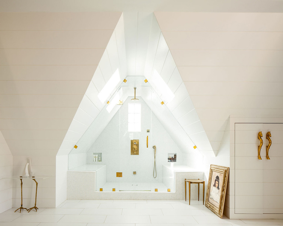 Tamara Kaye-Honey New Vintage Style House Attic Bath