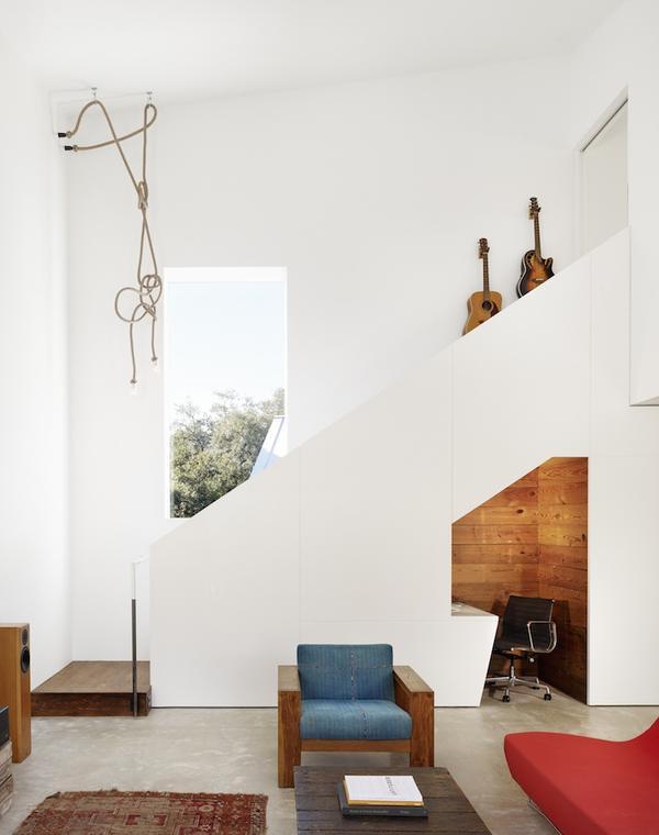 Hillside-Residence-Travis-Heights-by-Alterstudio-Architecture-007