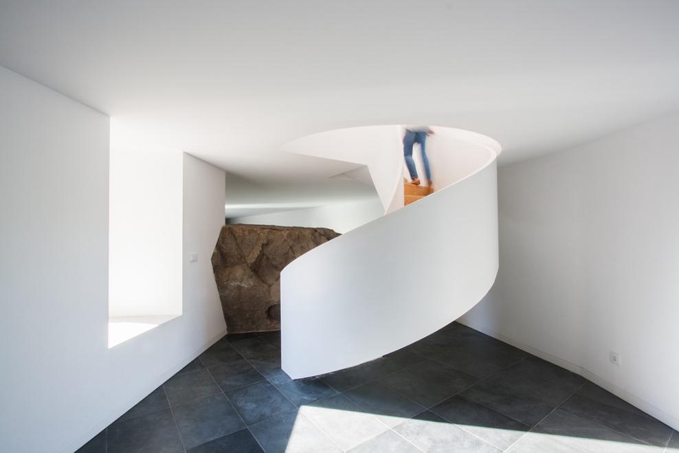 Quinta da laje house by Pitagoras Arquitectos 2