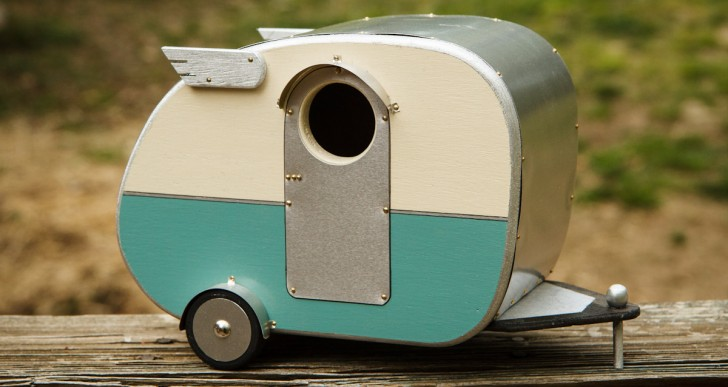 Vintage Camper Birdhouse / Jumahl