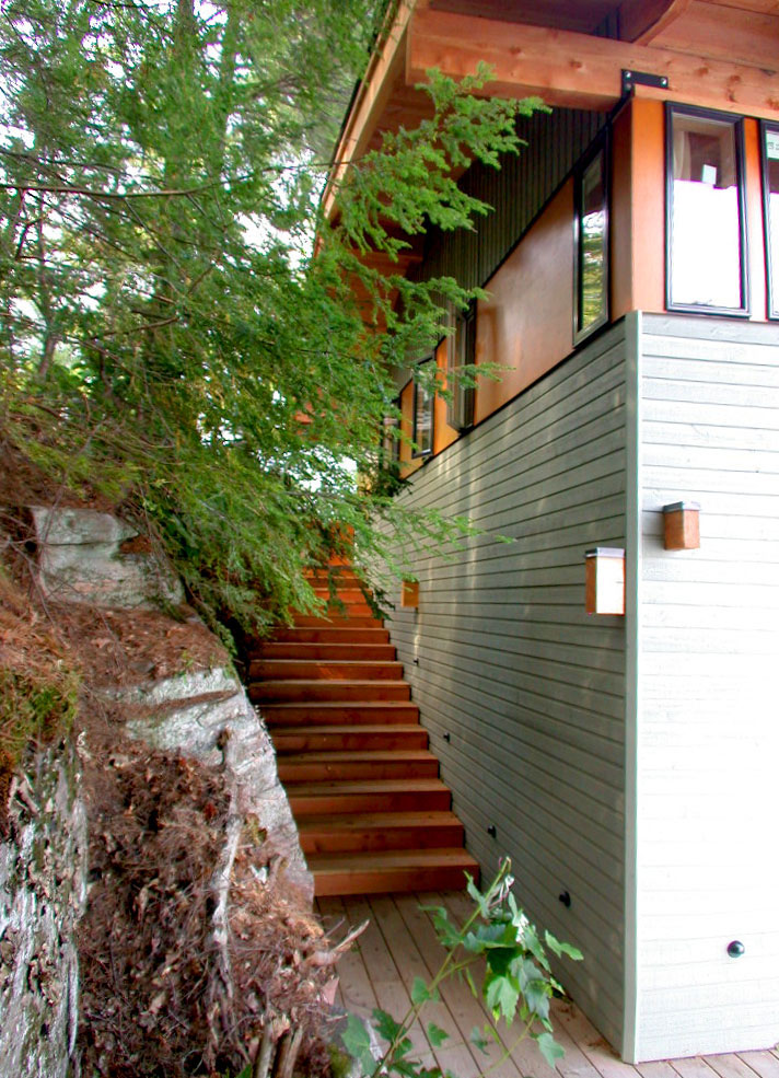 05-Action_Island_Boathouse-Contemporary-Muskoka-Design