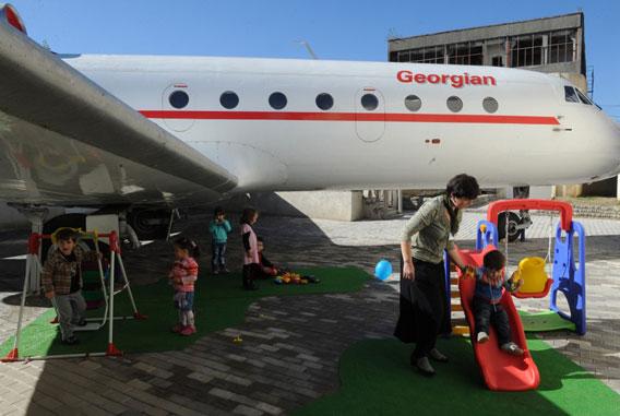 Aeroplane-transformed-into-kindergarten-Georgian-004