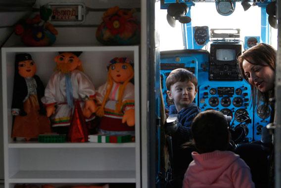 Aeroplane-transformed-into-kindergarten-Georgian-007