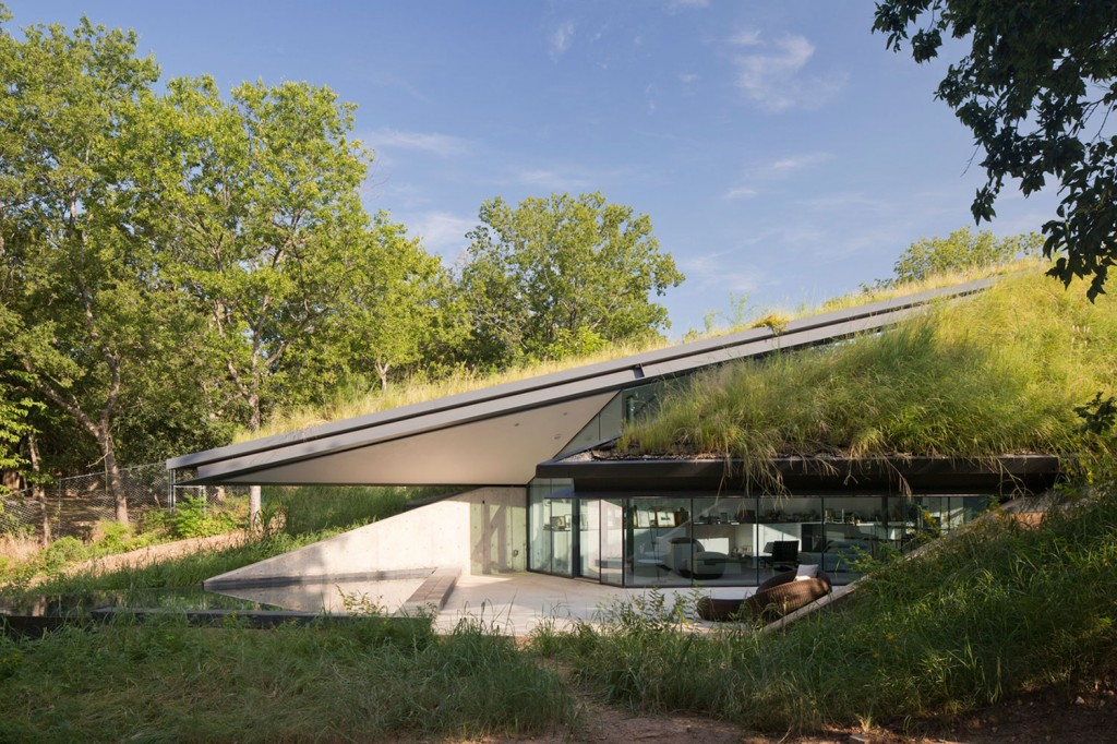 Edgeland House Texas by Bercy Chen Studio 009