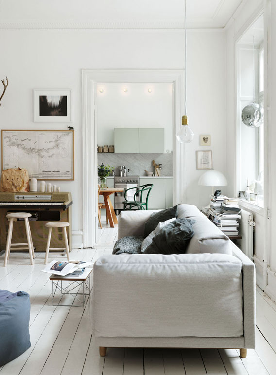 Emma-Persson-Lagerberg-Home-Photographs-by-Petra-Bindel-009