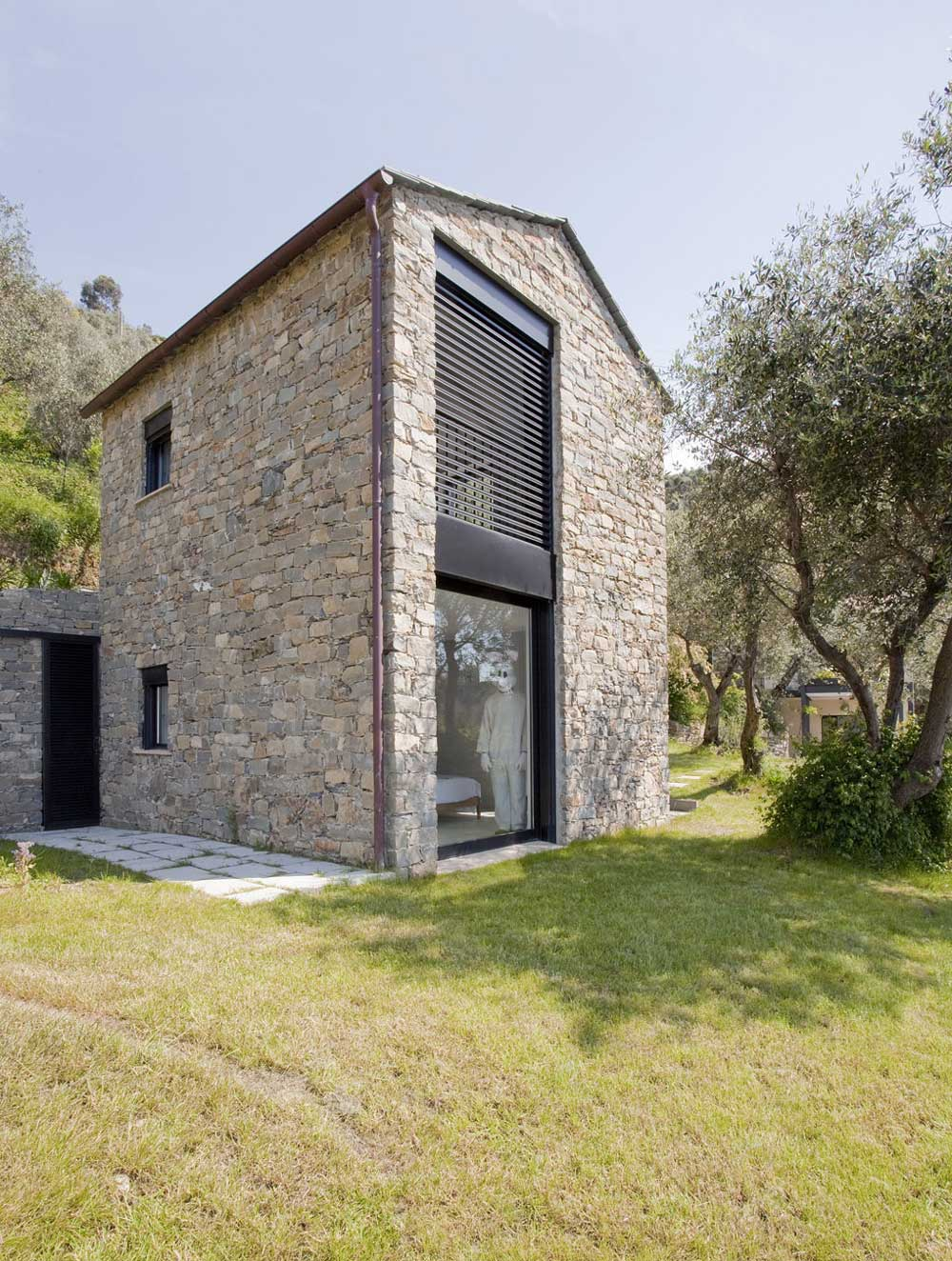 004 farmhouse italy a2bc architects ideasgn for Farmhouse architecture