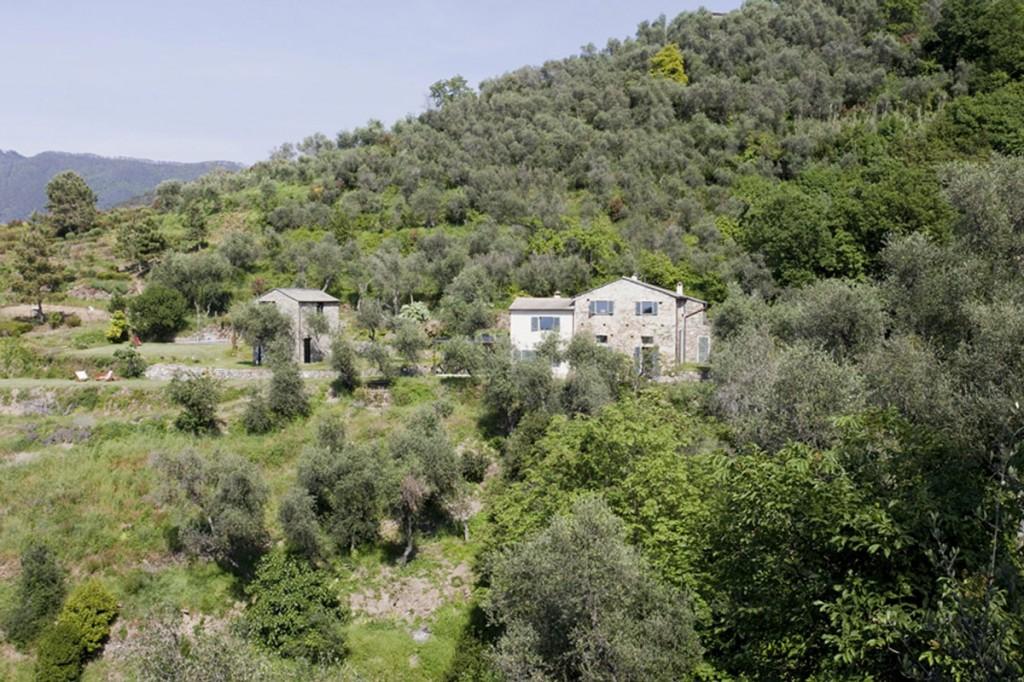 Farmhouse-Restoration-Riomaggiore-Italy