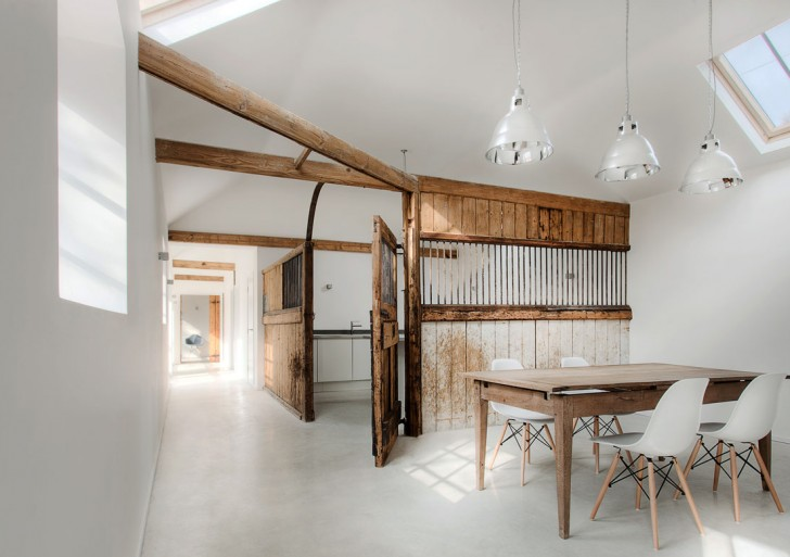 The Stables Conversion / AR Design Studio