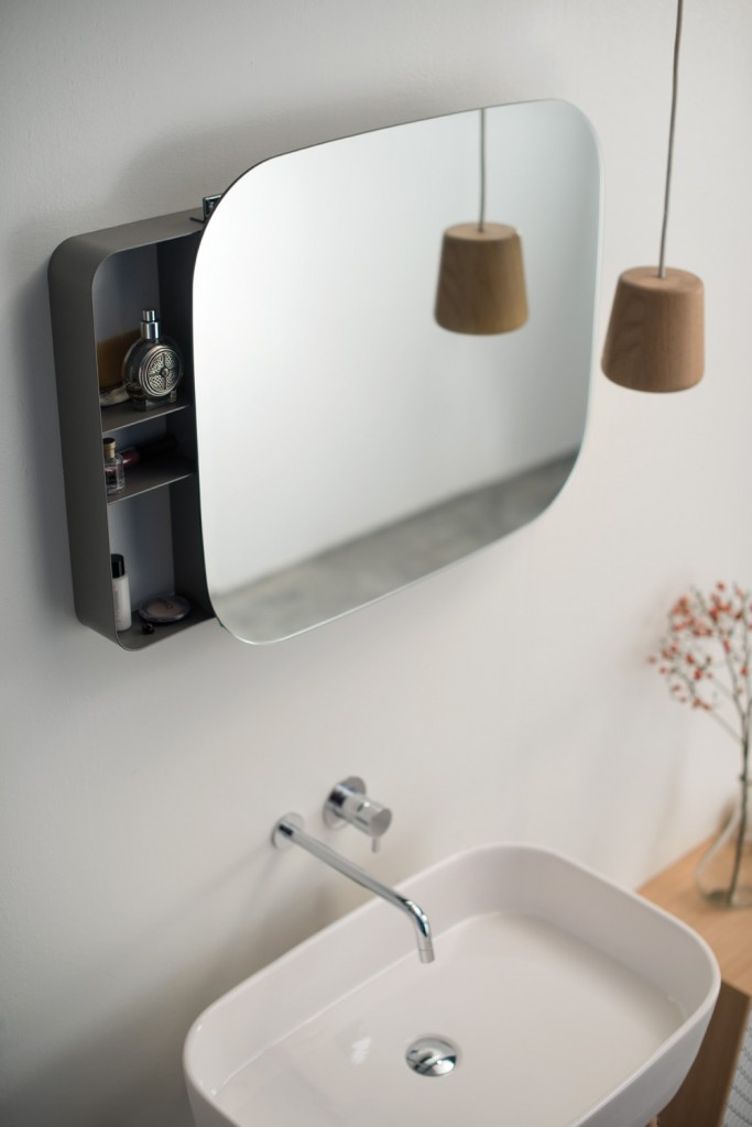 ray_washbasin_mirror_michael_hilgers_3b