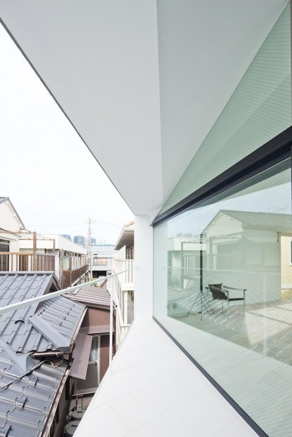 Arrow-Soho-House-Japan-by-Apollo-Architects-Associates-008