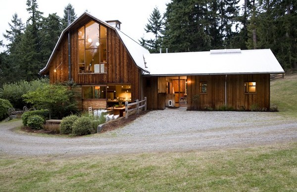 Barn Conversions Whidbey Island / SHED Architecture & Design