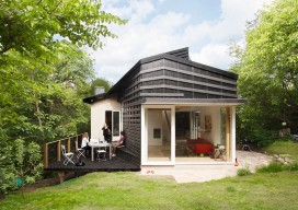 Cloudy House / LASC Studio