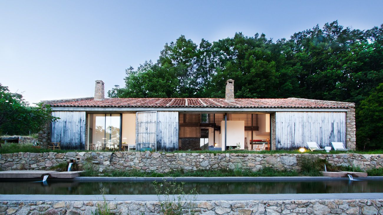 Country Stable Renovation Abaton Arquitectura on 1111 Lincoln Road Plans