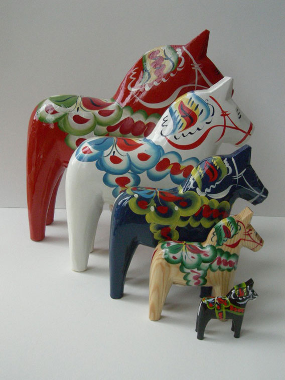 Dala-Horse-by-Nils-Olsson-008a